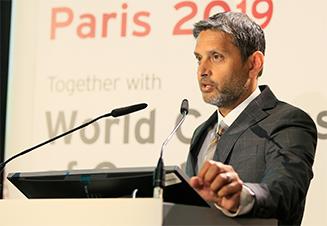 COMPLETE principal investigator Professor Shamir R. Mehta