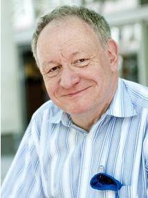 Dr Michael Schachter